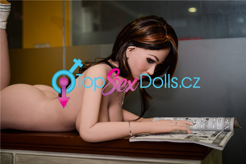 Love Doll Lora 157 cm / G-Cup - Irontech Doll