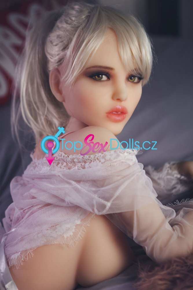 Love doll Shanon Fit 145 cm - Doll Forever