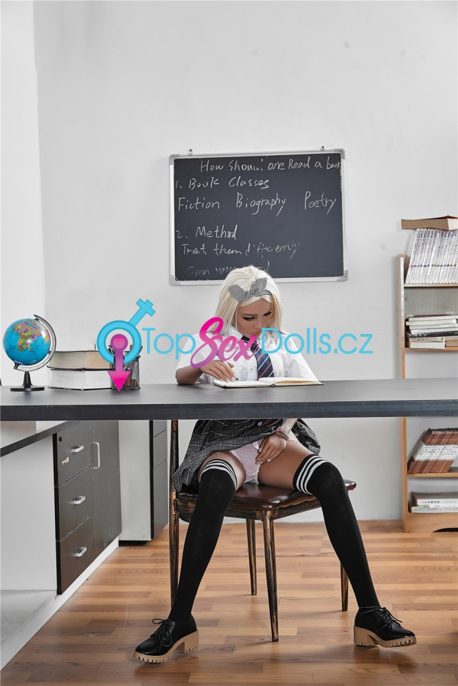 Love Doll Victoria-1 150 cm / A-Cup - Irontech Doll