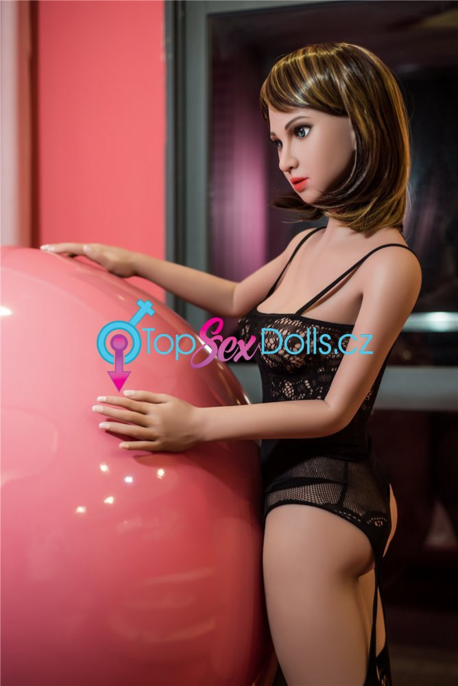Love Doll Lora 155 cm / A-Cup - Irontech Doll